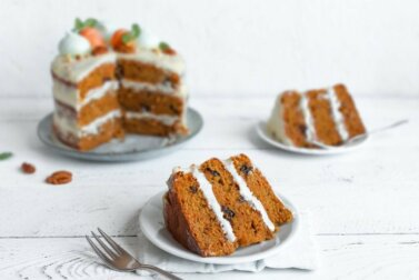 Deux façons simples de faire un carrot cake