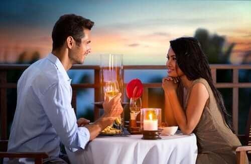 Consolider la relation pour remédier au faible désir sexuel.