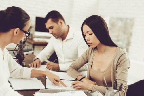 Divorce: la gestion des dettes individuelles