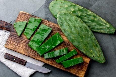 Parmi les remèdes naturels contre le diabète de type 2 figurent les feuilles de figuier de barbarie