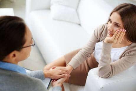 Le psychologue peut vous aider à surmonter une rupture difficile.