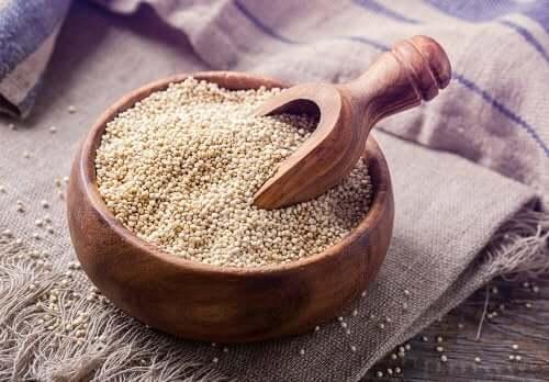 Le quinoa: un aliment riche en protéines parfait pour les personnes vegan