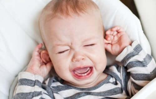 Comment soulager une otite du nourrisson ?