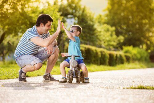Stimuler l'estime de soi des enfants.