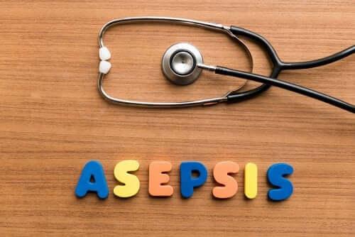 Techniques aseptiques pour le soin des patients