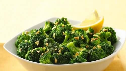 7 combinaisons alimentaires avec des aliments alcalins pour tous les jours de la semaine