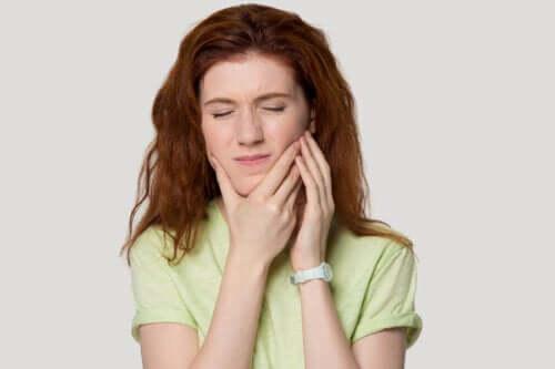 Syndrome de tension temporo-mandibulaire