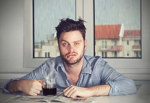 L'inertie du sommeil, ou pourquoi vous vous réveillez maladroit ou de mauvaise humeur