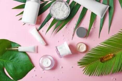 Il y a des obésogènes dans certains produits cosmétiques.
