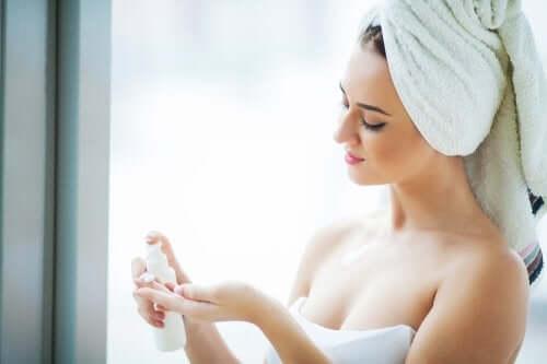 5 remèdes naturels pour donner de l'éclat à la peau du visage