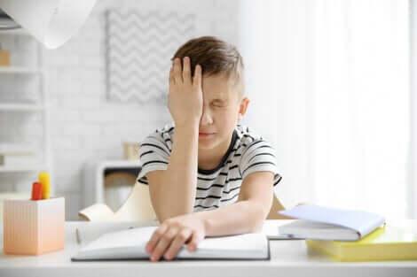 La migraine chez les enfants peut être un problème.