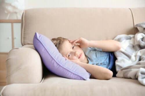 La migraine chez les enfants : symptômes et traitement