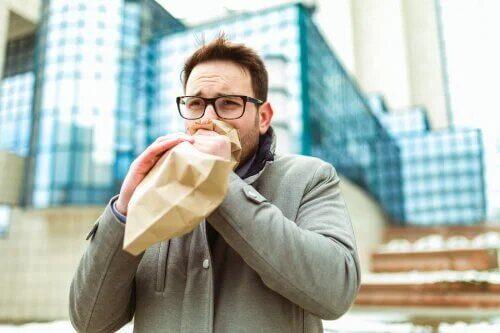 Les personnes atteintes de tachycardie anxieuse sont constamment stressées.