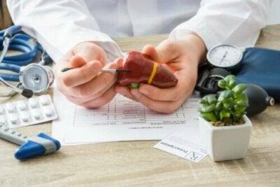 Quels aliments une personne atteinte de cirrhose doit-elle manger ?