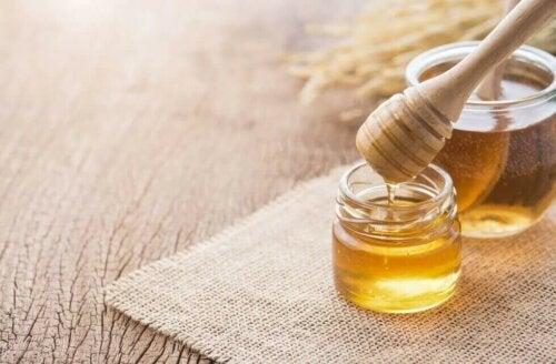 L'indice glycemique du miel est plutôt positif.