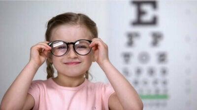 L'astigmatisme chez les enfants, comment le détecter ?