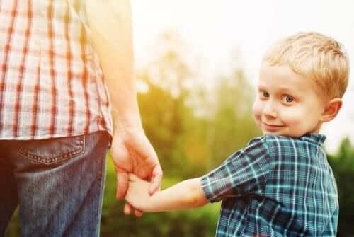 Le trouble de désinhibition du contact social chez l'enfant