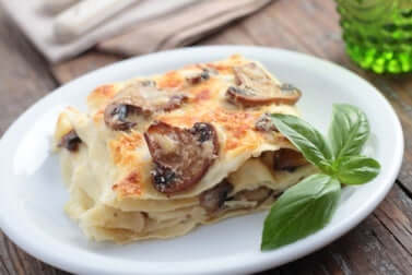 Des lasagnes aux champignons.