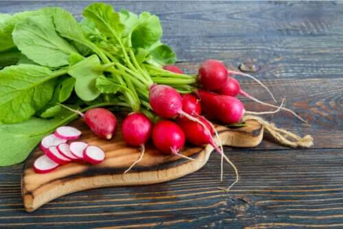Fanes de radis : bienfaits et usages