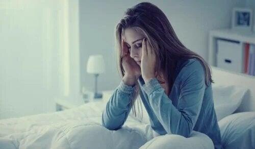 Anxiété nocturne : symptômes, causes et mesures thérapeutiques