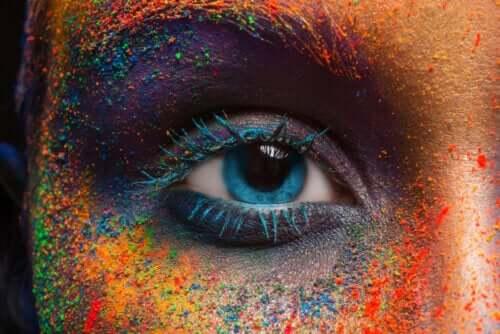 Changement de la couleur des yeux : mythes et vérités