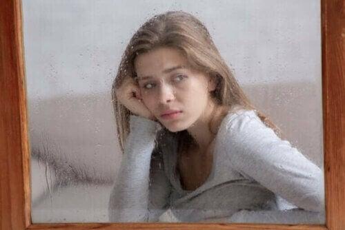 Autophobie : la peur d'être seul