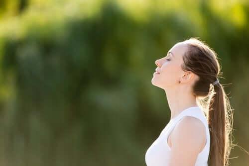 Respiration contrôlée : conseils et caractéristiques