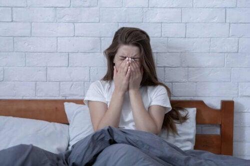 L'insomnie due au stress : pourquoi se produit-elle et comment y remédier ?