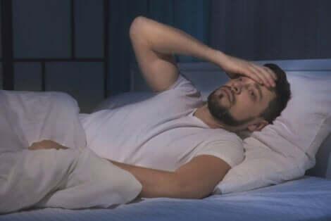 Insomnie d'un homme.