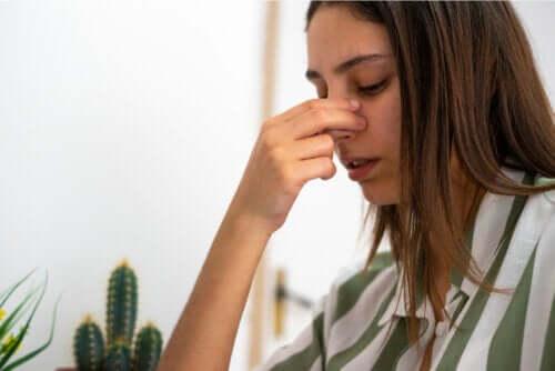 Perforation septale : causes, symptômes et traitement