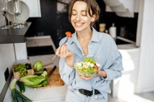 7 suppléments que vous devez consommer si vous suivez un régime vegan