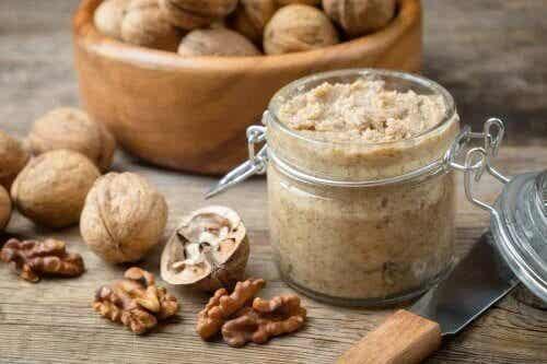 Comment faire une sauce aux noix hypocalorique