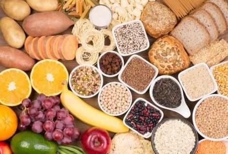 Des aliments riches en glucides.