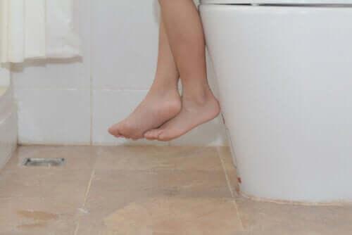 Pourquoi la constipation apparaît-elle chez les enfants et comment la soulager ?
