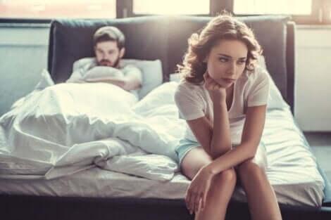 Un couple incompatible au lit.