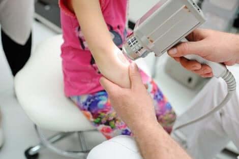 Soin au laser en dermatologie pédiatrique.
