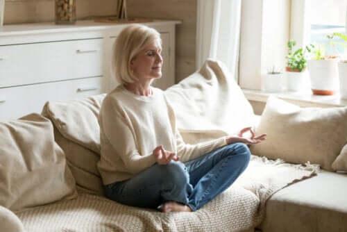 9 conseils pour vous aider à méditer