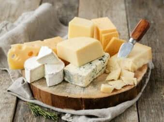 Variété de fromages.