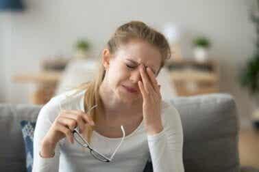 Conjonctivite allergique : symptômes, causes et traitement