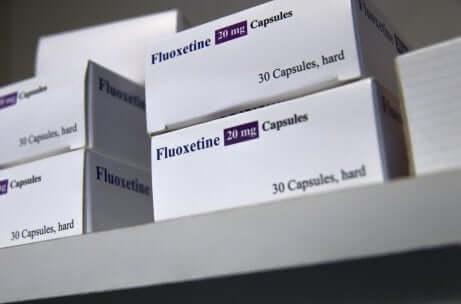 Des boîtes de fluoxétine.