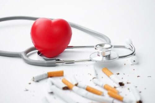 Comment le tabac affecte-t-il le coeur ?