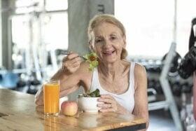 Comment prévenir la malnutrition chez les personnes âgées ?