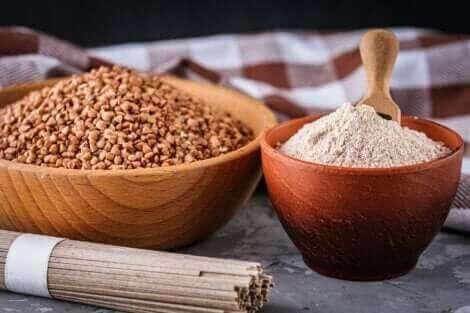 Le sarrasin est un aliment sans gluten. Il fournit également des quantités importantes d'antioxydants.