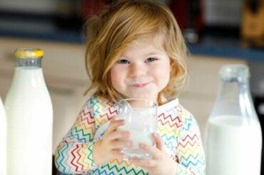Donner du lait de chèvre à un bébé est-il sain ?