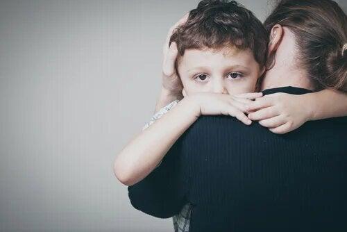 Le rôle de la victime se met en place dès l'enfance.