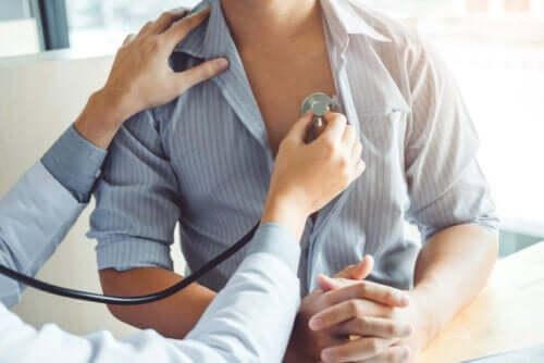 Coeur pulmonaire : risques, causes et symptômes