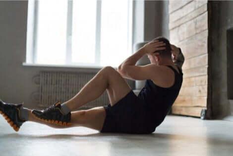 Faire de l'exercice avec son propre poids.