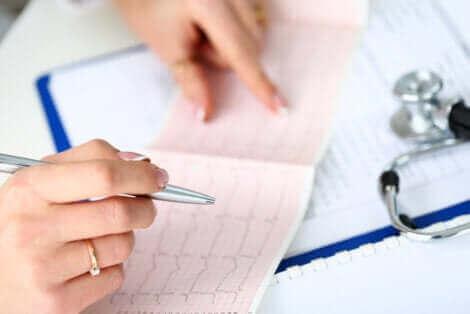 Comment lire un électrocardiogramme.