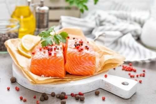3 façons de cuisiner un plat de poisson faible en calories