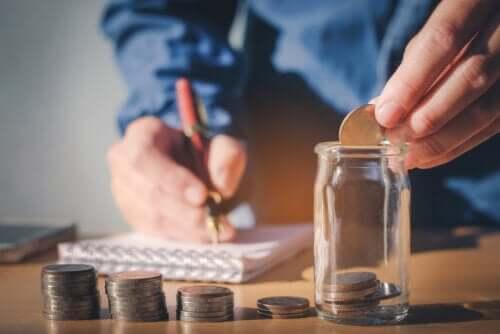Objectifs SMART : qu'est-ce que c'est et comment vous aident-ils à améliorer vos finances ?